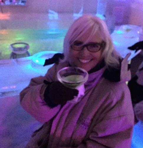 Mom-martini-alaska-500491