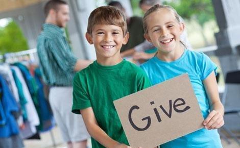 volunteering kids