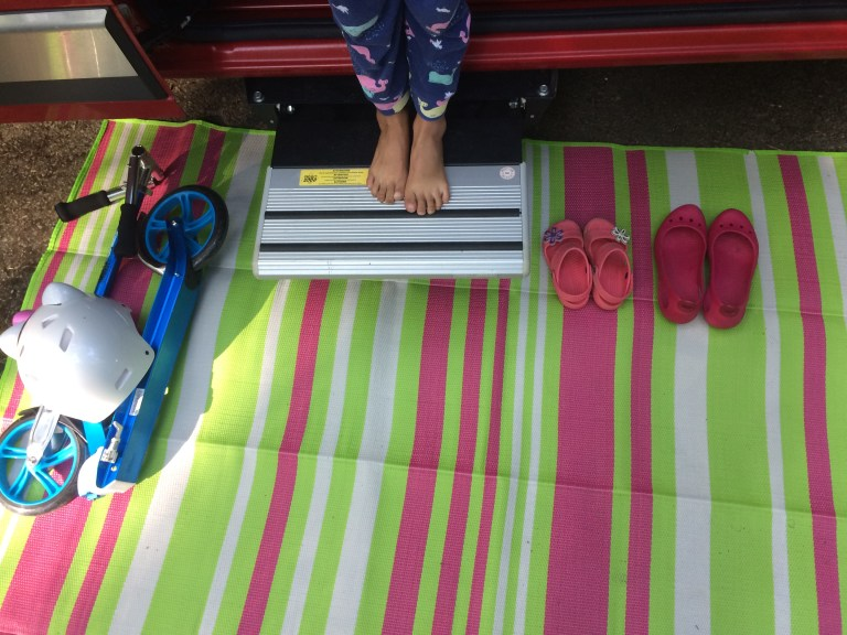 rent out rv cute feet