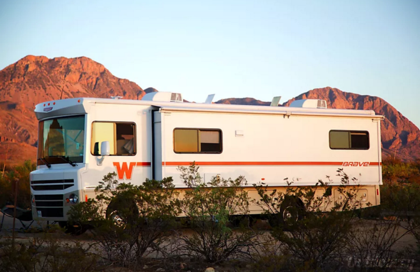 RV on Outdoorsy