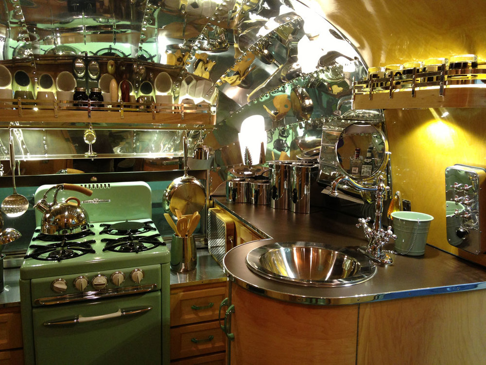 1955 Flying Cloud kitchen