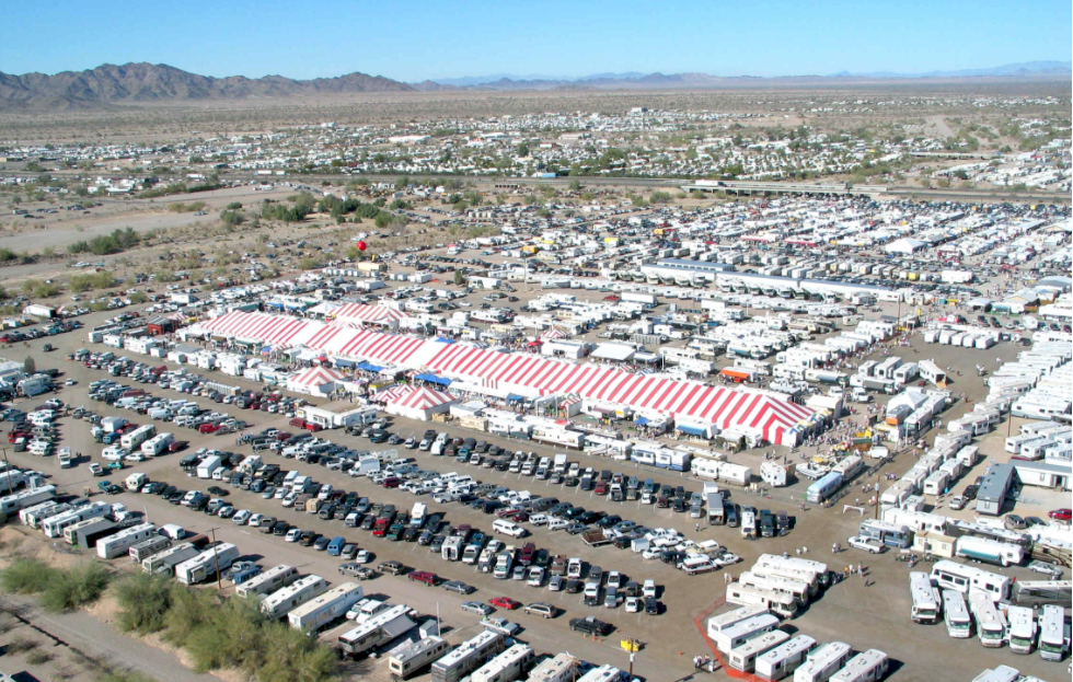 Why is Quartzsite such a big deal in the world of RVs