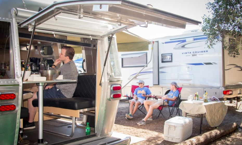 RV Delivery for Rentals