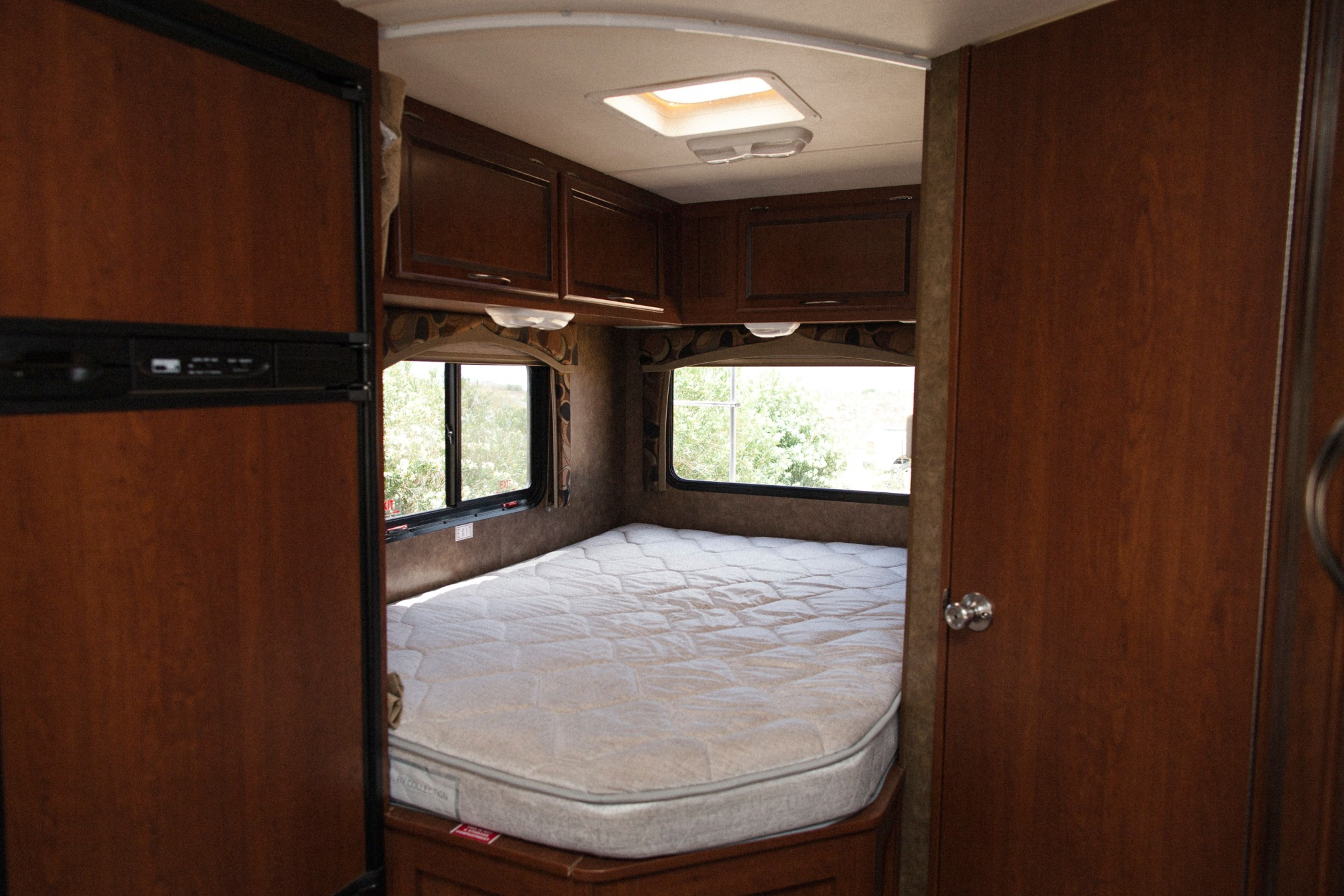 Rv mattress sizes rv mattress sizes kitchen with for Narrow width bunk beds