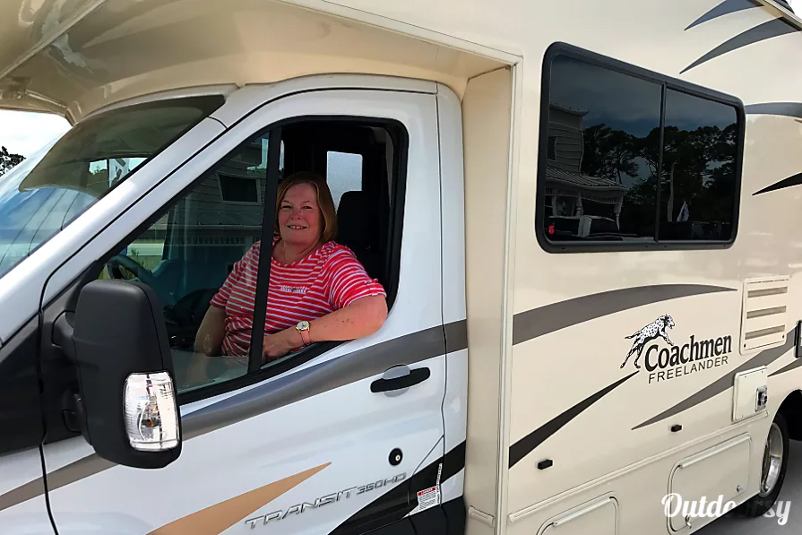 linda-highley Coachmen Outdoorsy RV Rental