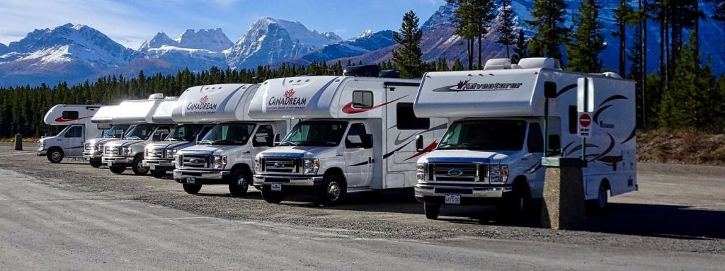 Photo Tripping America - Line of RVs Feature - Outdoorsy