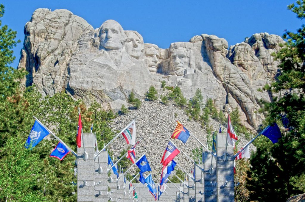 Photo Tripping America - Mount Rushmore - Outdoorsy