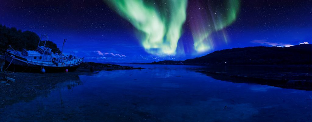Photo Tripping America - Aurora Borealis - Outdoorsy
