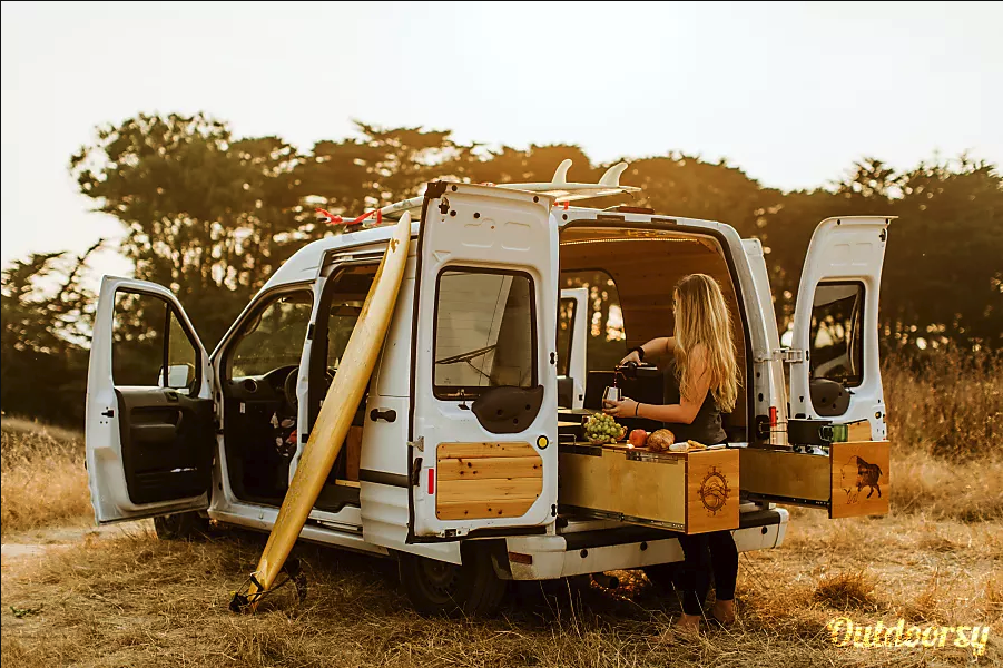 Under $150: 10 Cute Campervans Ready To Take You Away This Weekend