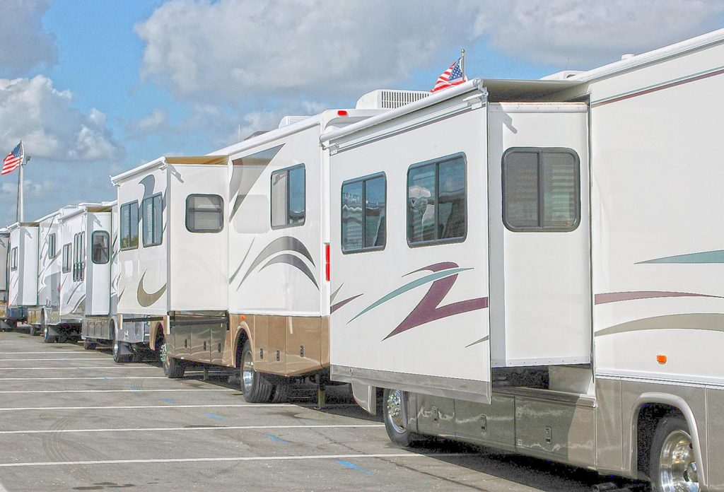 Photo Tripping America - Best RV Shows - Outdoorsy