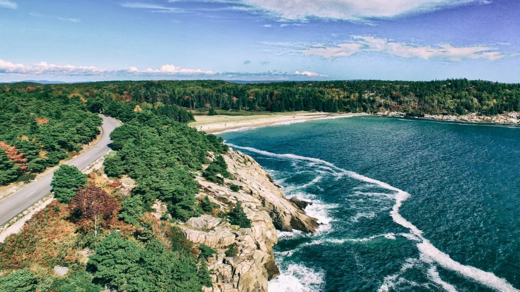 campgrounds with cabins in maine