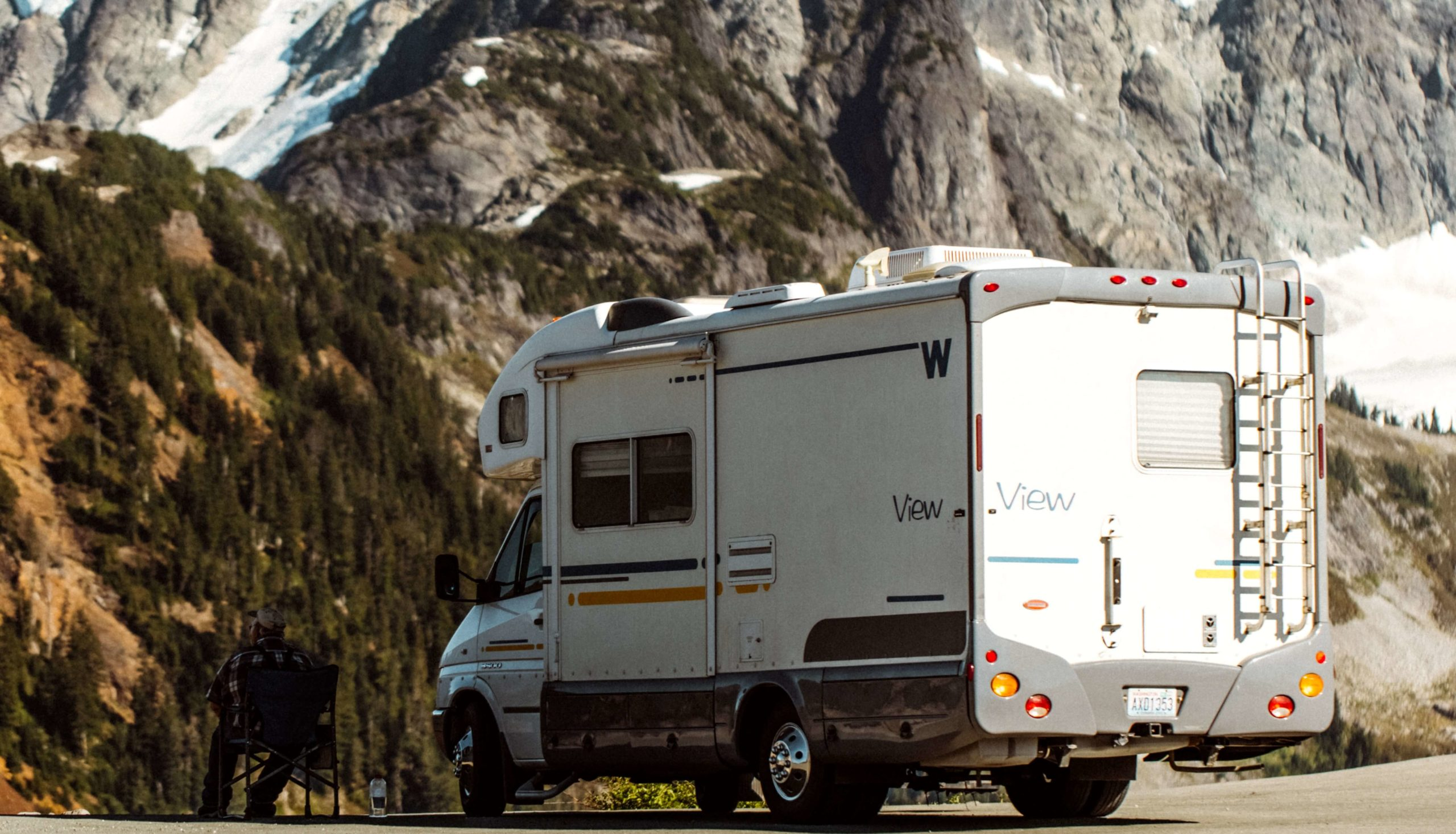 RV ladder guide: How to use them and which to buy