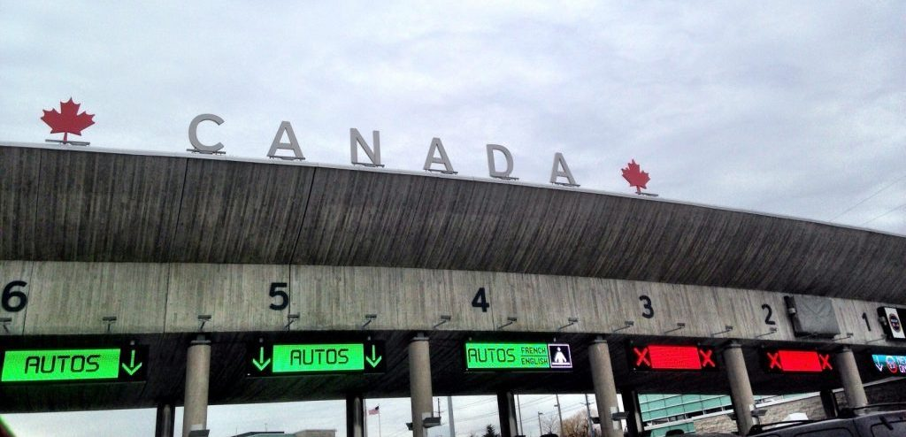 How to bring your motorhome over the US/Canada border
