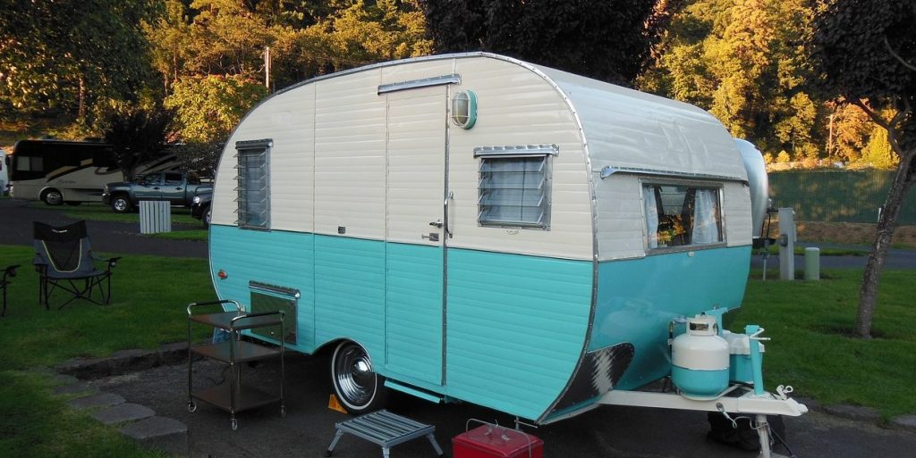 Vintage travel trailer. Cost to rent a trailer in Ontario