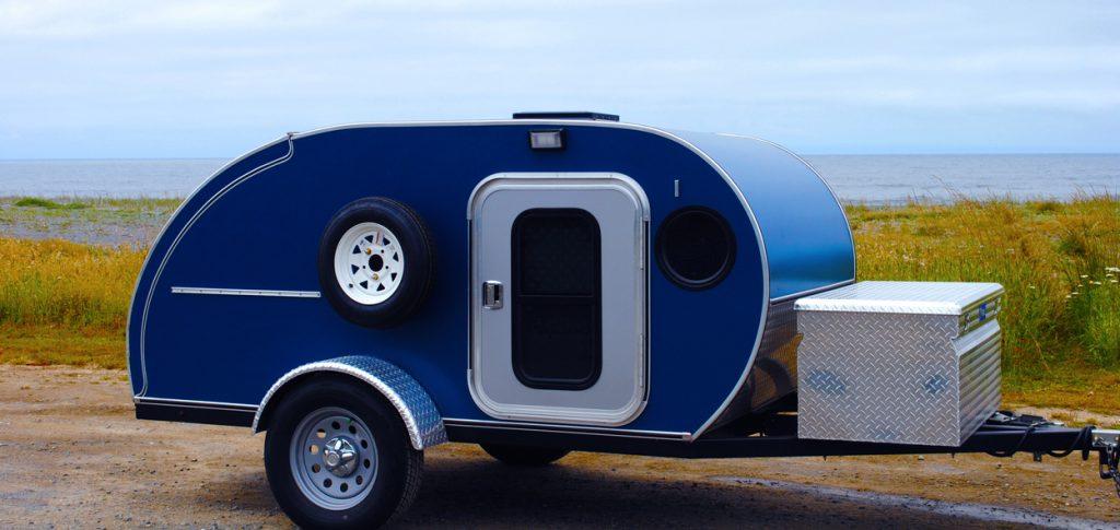 Dream RVs A Blue Teardrop Camping Trailer On The Roadside Along Oregon Coast
